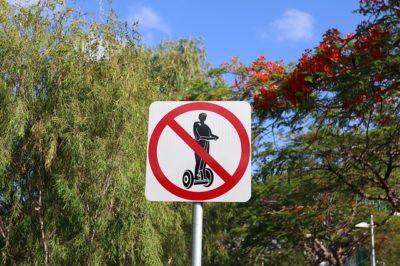 No segways sign
